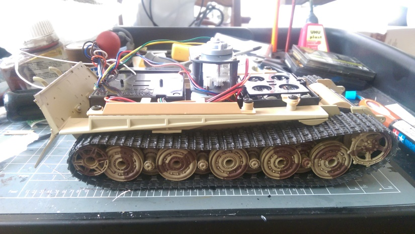 Tamiya 1:35 King Tiger Radio Electronics and Lower Hull